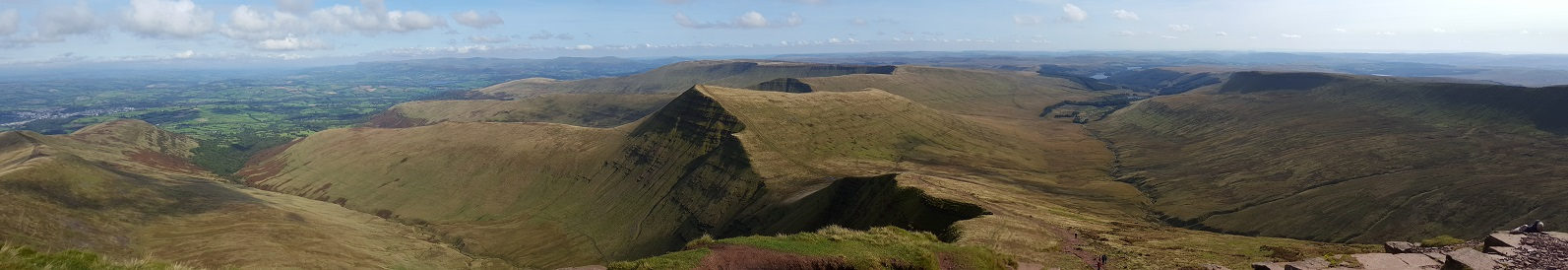 Brecon Beacons - Abergavenny to Brecon feature image